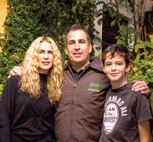 Mauricio Revah, Chief Executive Officer/General Director, United Farms, with his wife, Lizzy, and son, Nicolás.